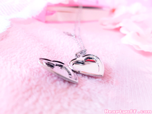 Load image into Gallery viewer, Romance Locket