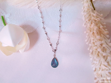 Load image into Gallery viewer, Saturos Necklace (changes colors!)