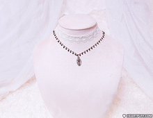 Load image into Gallery viewer, Witch's Web Choker (2 COLORS)
