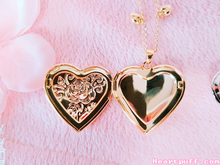Load image into Gallery viewer, Soul Heart Locket