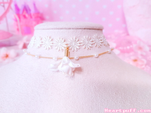 Load image into Gallery viewer, Flower Choker