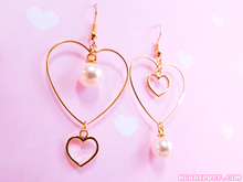 Load image into Gallery viewer, Lovestruck Earrings