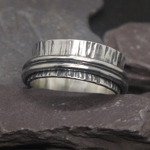 Beautiful spinning silver ring inspired by trees