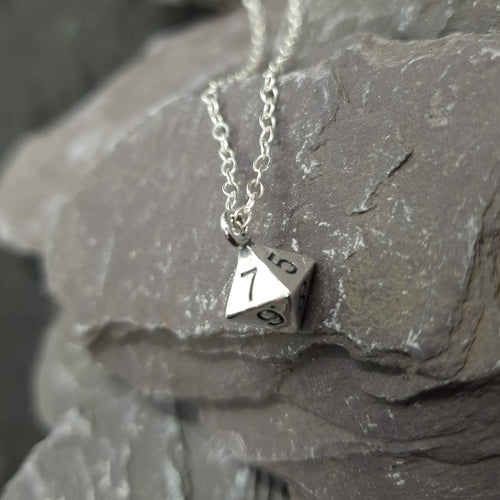 D8 necklace