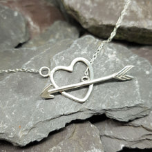 Load image into Gallery viewer, Love Struck Necklace