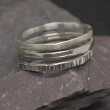 Load image into Gallery viewer, Elegant contemporary stacking rings