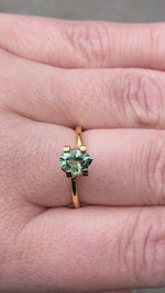 Load and play video in Gallery viewer, Montana Sapphire Green Yellow .86 carat Geo Pear