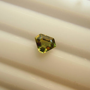 Genuine Montana Sapphire Yellowish Green .51 carat Shield cut Loose Gemstone for Jewelry