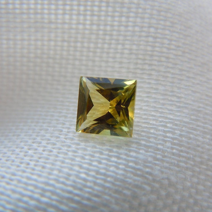 Genuine Montana Sapphire Princess Cut Yellow/Orange/Green .67 carat Loose Gemstone
