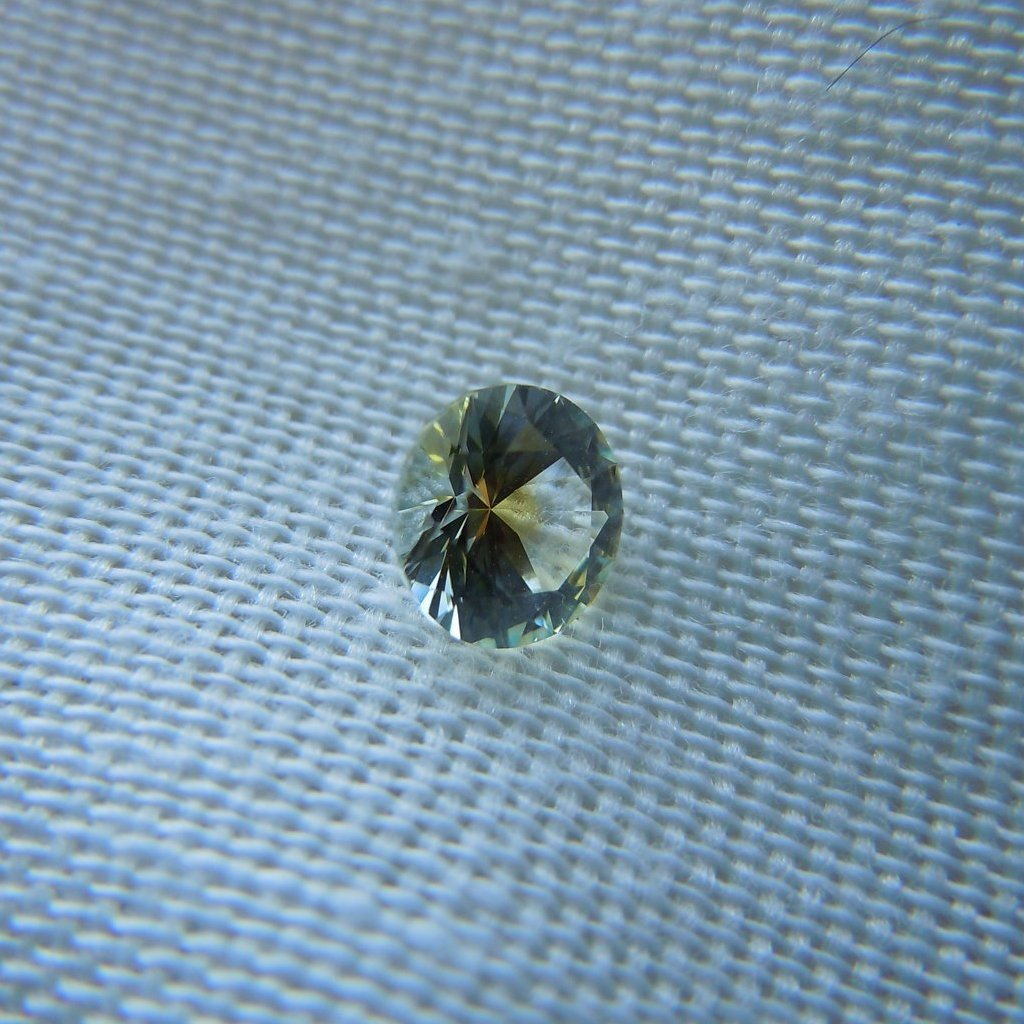 Genuine Montana Sapphire Round Brilliant .60 carat White and Yellow Loose Gemstone