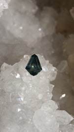 Load image into Gallery viewer, Montana Sapphire 1.77 Carat Parti Blue Green Yellow Modified Kite Cut