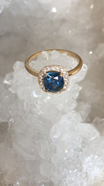 Load image into Gallery viewer, Montana Sapphire Cushion Cut Starry Night Halo Ring in 14 karat Yellow Gold