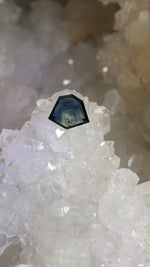 Load image into Gallery viewer, Montana Sapphire 1.72 Ct Blue, Teal and Yellow Portrait Cut