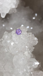 Load image into Gallery viewer, Montana Sapphire 0.420 Ct Hexagon Cut Purple, Lilac, with Pink, Orange