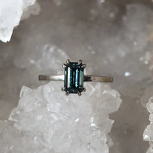 Load image into Gallery viewer, Montana Sapphire Emerald Cut 1.66 Carat Ring
