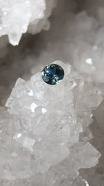 Load image into Gallery viewer, Montana Sapphire 1.48 Carat Parti Blue Green Yellow Round Cut