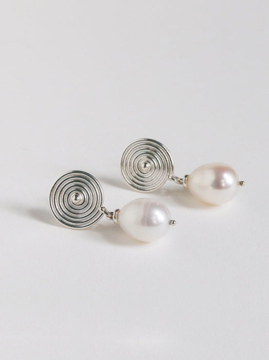 Spira Pearl Earrings
