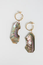 Load image into Gallery viewer, Abalone Concha Hoops