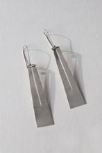 Load image into Gallery viewer, Lumen Earrings