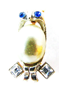 Vintage 1940s Jewelry Cute Figural Pearl and Diamante Owl Pin - Front