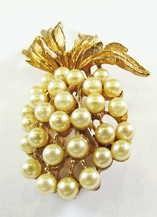 Art  Vintage Mid Century 1950s Striking Ivory Pearl Pineapple Pin