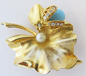 Art Vintage 1950s Mid Century Adorable Insect and Leaf Trembler Pin