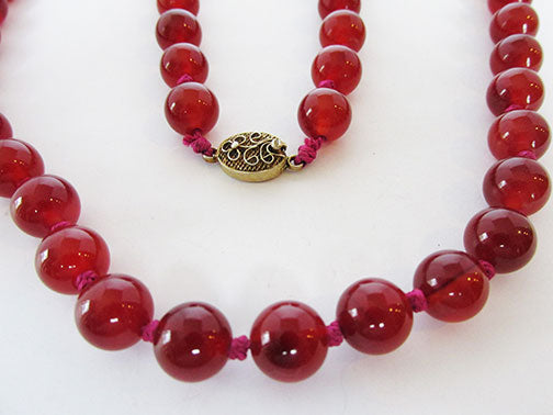 Vintage 1960s Gorgeous Retro Hand Knotted Carnelian Bead Necklace