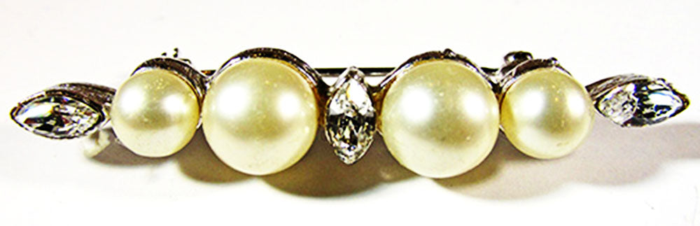 Marvella Vintage Jewelry 1960s Retro Pearl and Diamante Bar Pin - Front
