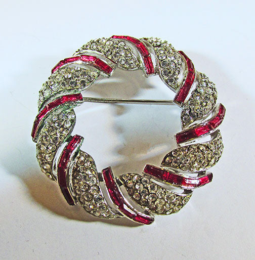 Crown Trifari Vintage 1950s Elegant Rhinestone Circle Pin