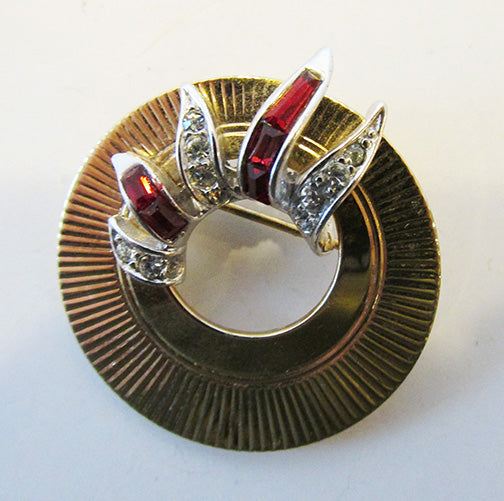 Boucher Vintage 1950s Beautiful Clear and Ruby Rhinestone Circle Pin