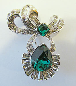 Mazer Vintage Exquisite 1950s Clear and Emerald Ribbon Bow Pin