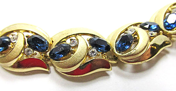 Crown Trifari Vintage Jewelry 1950s Sapphire Diamante Link Bracelet - Close Up