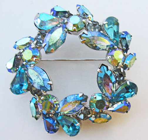 Weiss Vintage 1950s Superb Mid Century Blue Floral Wreath Pin