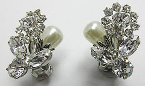 Vintage1960s Adorable Rhinestone and Pearl Floral Button Earrings
