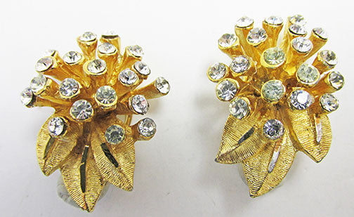 BSK Vintage 1960s Retro Contemporary Style Floral Button Earrings