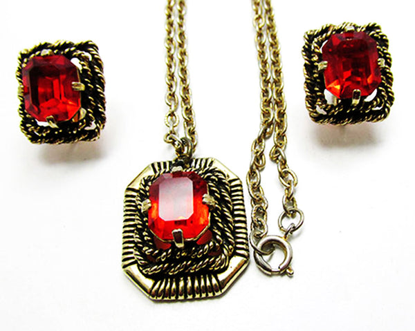 Sarah Coventry 1960s Vintage Ruby Diamante Pendant and Earrings Set - Close Up