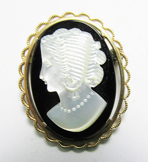 Krementz Vintage 1950s Gorgeous Black and White Glass Cameo Pin