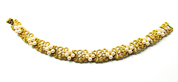 Crown Trifari Vintage Jewelry 1950s Mid-Century Pearl Floral Bracelet- Front