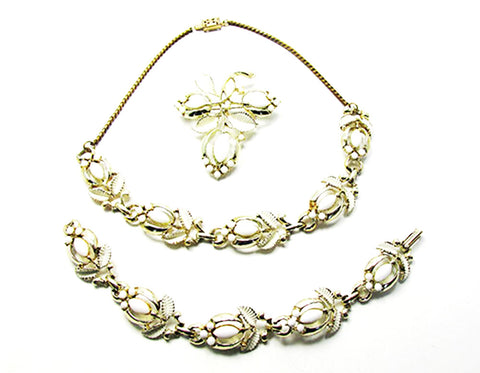 Lovely Vintage Mid-Century Floral Necklace, Bracelet, and Pin Set