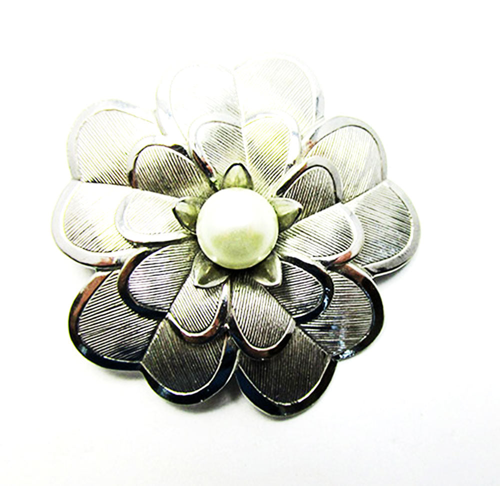 Lieba Vintage Retro Eye-Catching Silver and Pearl Floral Scarf Clip