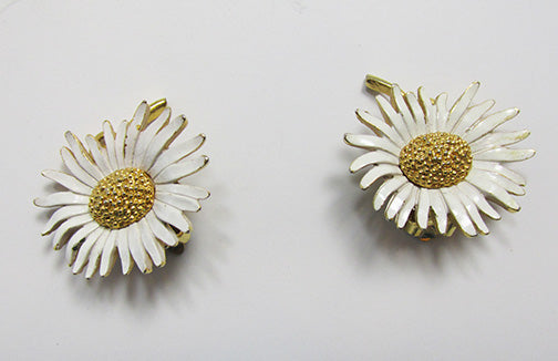 Marvella Vintage 1950s Eye-Catching Enameled Daisy Floral Button Earrings