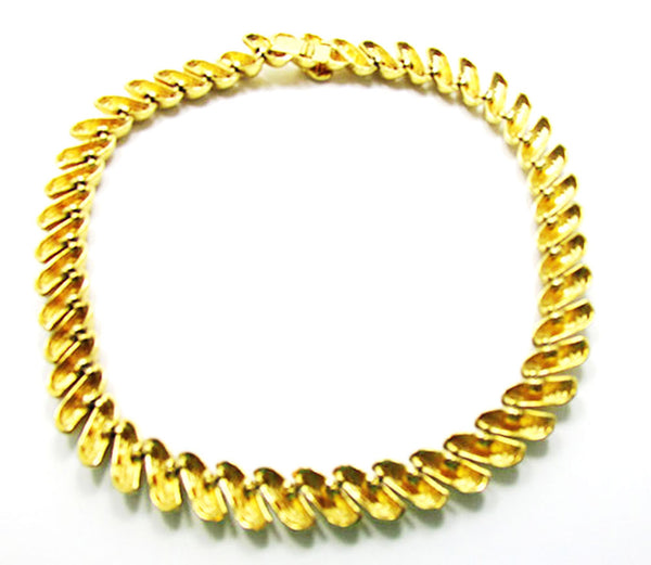 St. John 1960s Vintage Jewelry Contemporary Style Gold Link Necklace - Back