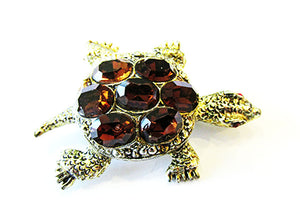 Adorable Vintage 1960s Retro Dark Topaz Rhinestone Figural Turtle Pin