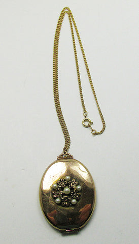 Vintage 1940s Gorgeous Retro Engraved Gold and Pearl Pendant Locket