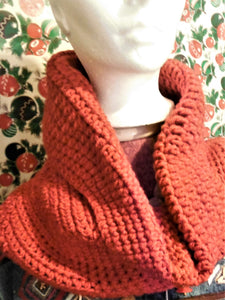 TOMATO RED CABLE COWL/HOOD