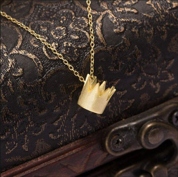Retro Queen Small Crown Pendant Neckalce - lilyby