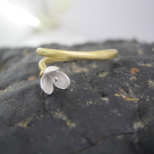 HandMade Flower Pattern Silver Woman Rings - lilyby