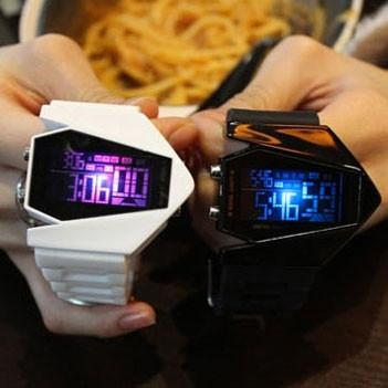 Luminous Colorful Lights LED Multifunction Electronic Watch - lilyby