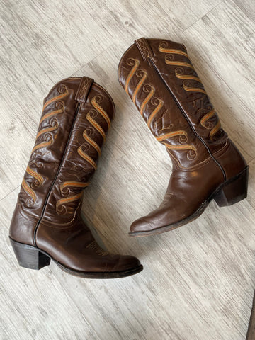 the boots {size 9}