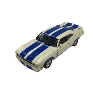 1/32 Options 96 XC Ford Falcon Cobra White / Blue